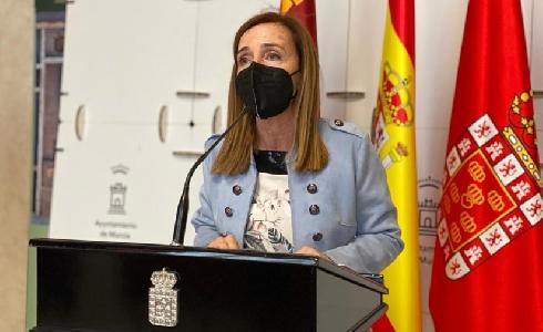 Un nuevo contrato garantiza la continuidad del servicio de limpieza en 47 colegios públicos de Murcia