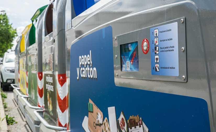 Tarragona inicia la campaña para repartir las tarjetas identificativas para los conetenedores