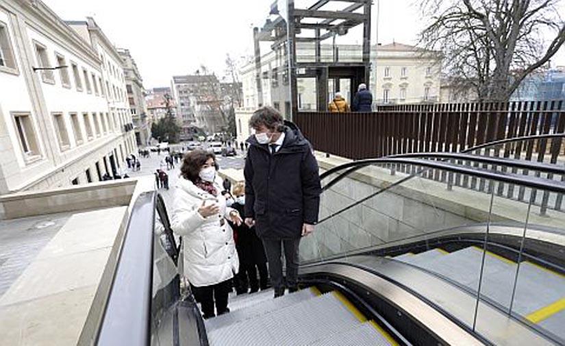 Terminan las obras del entorno del Memorial y Los Arquillos de Vitoria