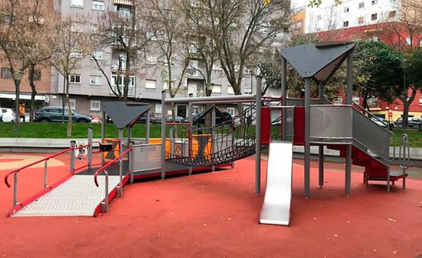 Treinta y cinco zonas infantiles de Salamanca ya cuentan con juegos adaptados para personas con discapacidad