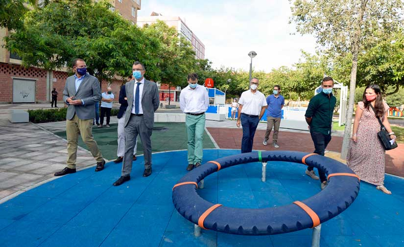 Una gran área verde familiar de 6.000 m2 se abre en el nuevo eje peatonal de Murcia