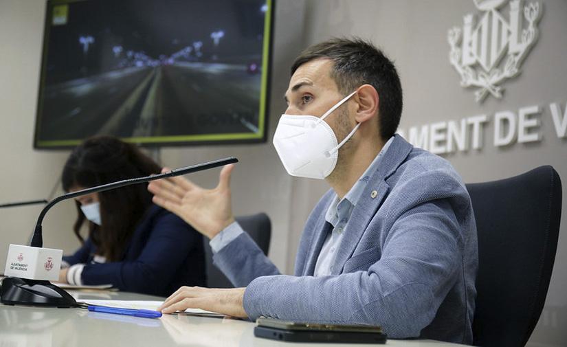 Valencia adjudica el nuevo contrato de mantenimiento del alumbrado con un 12,5% más de presupuesto