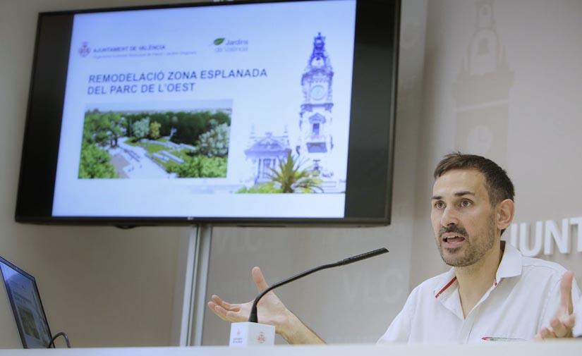 Valencia invertirá 525.000 € en la remodelación de la explanada central del Parque del Oeste