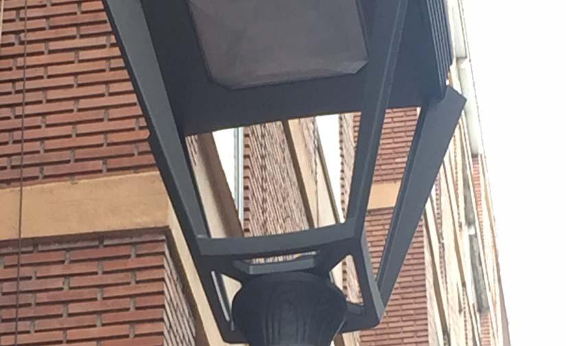 Valladolid sustituye los faroles de la calle San Quirce por nuevas luminarias más sostenibles
