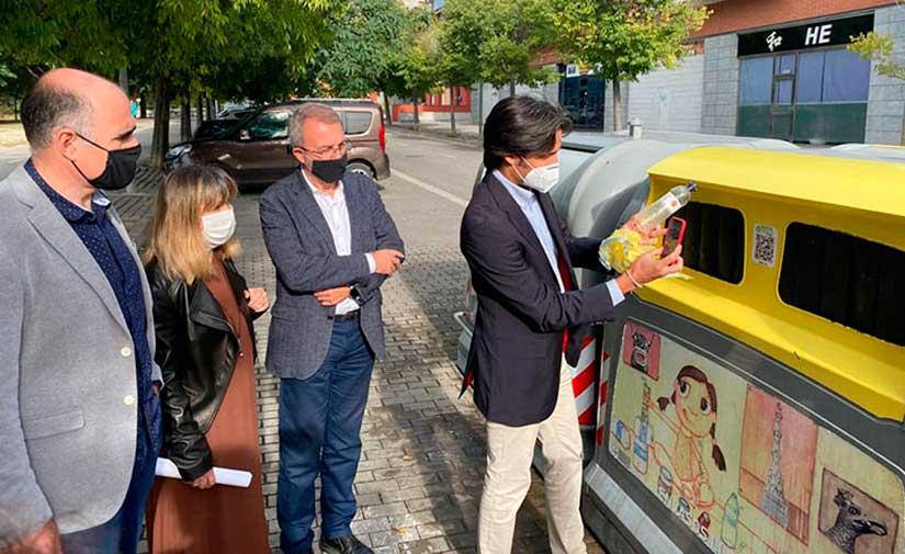 Vilafranca del Penedès se suma a RECICLOS, el sistema de reciclaje con recompensa de Ecoembes