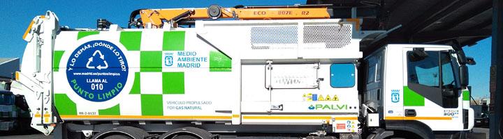 Palvi entrega 11 nuevos camiones de carga superior para la recogida de papel/cartón de Madrid