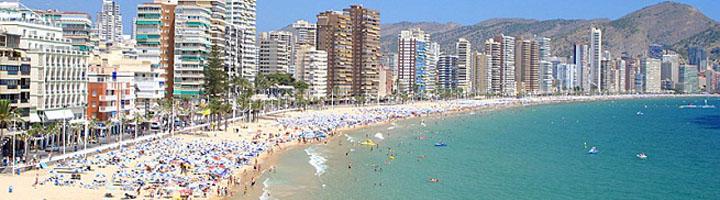Benidorm aprueba la adjudicación del contrato integral de playas