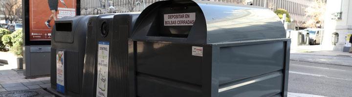 Madrid estrena un nuevo servicio de recogida de ropa usada con 784 contenedores