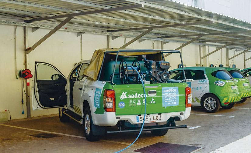 Nuevos vehículos para ir más allá en la limpieza de las calles de Córdoba