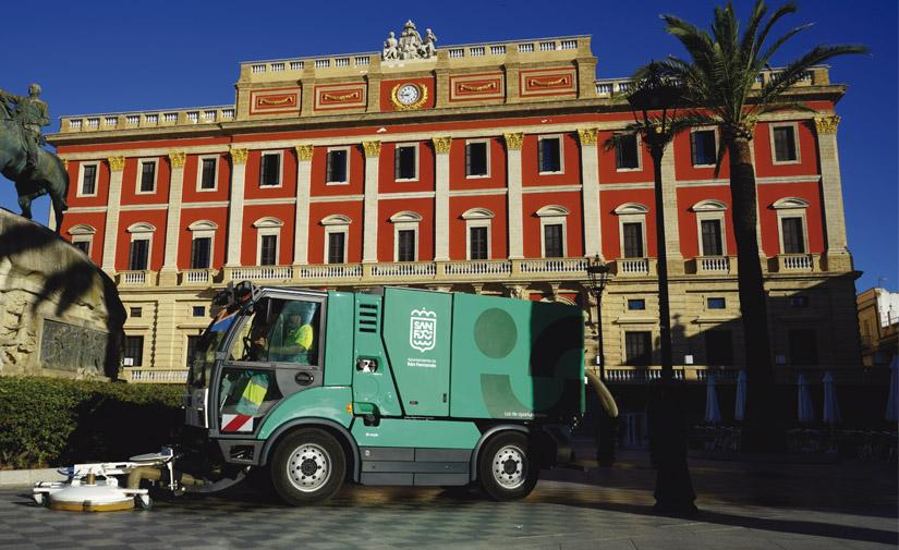 San Fernando se vuelca en los servicios urbanos